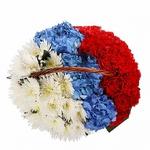 Российский флаг из цветов